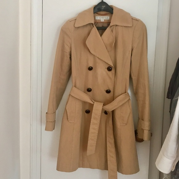 f923205546999 Via Spiga Jackets & Coats | Moving Sale Trench Coat Xs Light Brown ...